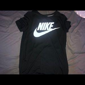 Nike t shirt